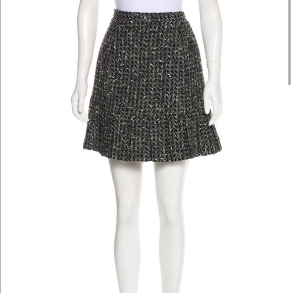 CHANEL Dresses & Skirts - Vintage Chanel A 97 Tweed Wool Skirt size 10 Large